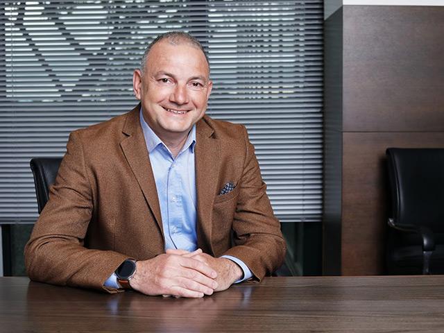 Димитър Евгениев - какво е да бъдеш финансист в САК?
